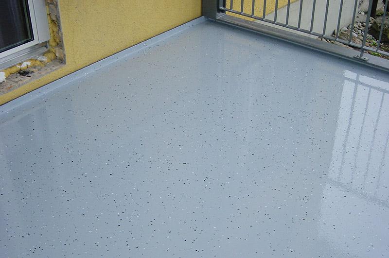 Balkon Sanieren Mit Flussigem Kunststoff Risse Und