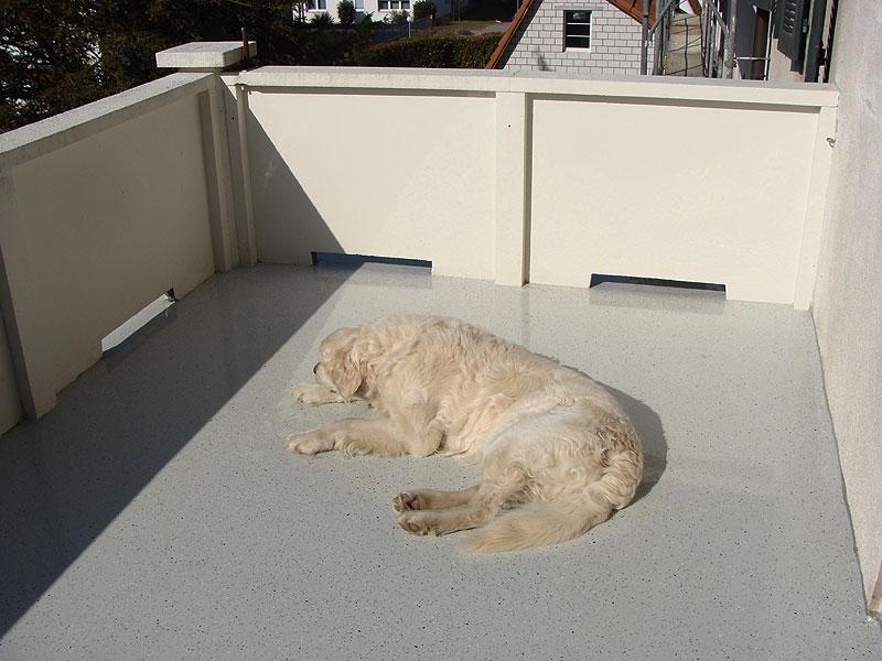 Extrem Balkon, Treppe, Flachdach, 3D-Fussboden sanieren mit flüssigen QP47