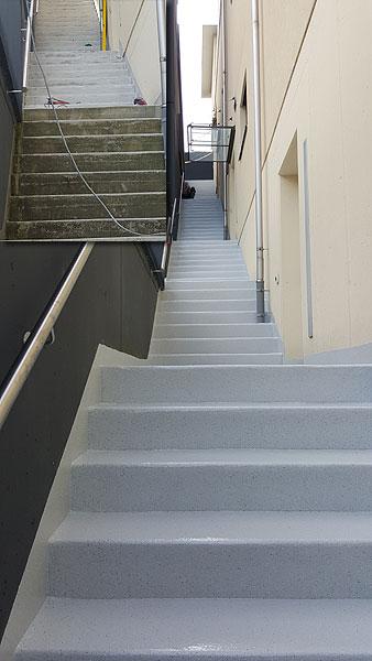 Treppen Sanieren Risse Und Witterungsschaden Entfernen Mit